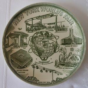 1964-1965 New York World's Fair Souvenir Plate